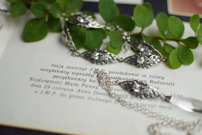 Bransoletka ślubna i naszyjnik na plecy z kryształami Swarovski i filigranem retro
