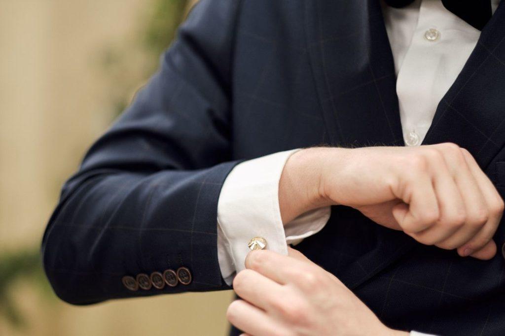 Ślubne spinki do mankietów z kryształami Swarovski dla Pana Młodego