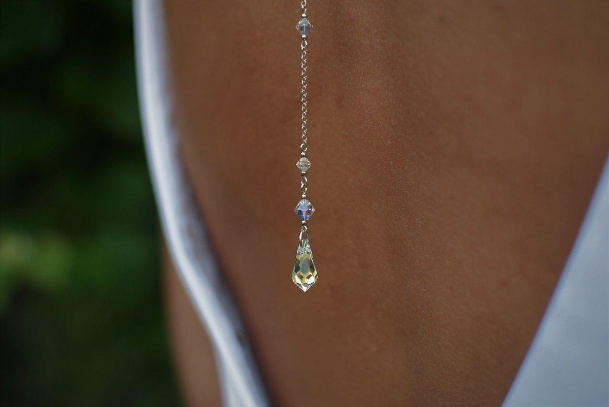 Ślubny naszyjnik na plecy z kryształami Swarovski - srebro i kryształki - Crystal AB - detal: łezka na plecach