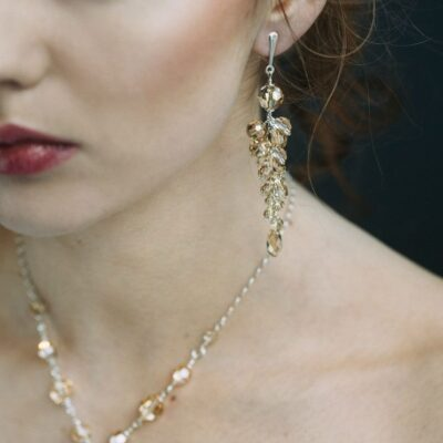 Długie klipsyna ślub - srebro i Swarovski - kryształy Golden Shadow