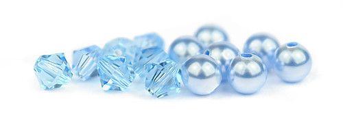 Ślubny naszyjnik na plecy - perły Swarovski Light Blue i kryształy Aquamarine