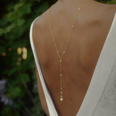 Złoty naszyjnik na plecy z kryształkami Swarovski Golden Shadow - Graceful Classic