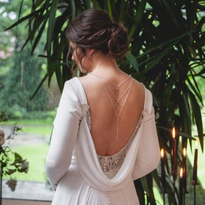 Łańcuszek na plecy do ślubu - srebro i kryształy Swarovski Golden Shadow