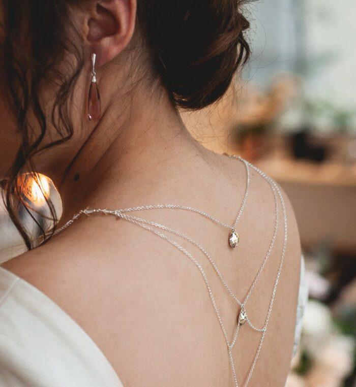 Łańcuszek na plecy do ślubu - kryształy Swarovski Golden Shadow