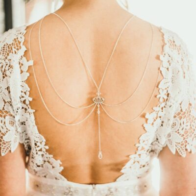 Ślubne łańcuszki na plecy - Arabesque Crystal