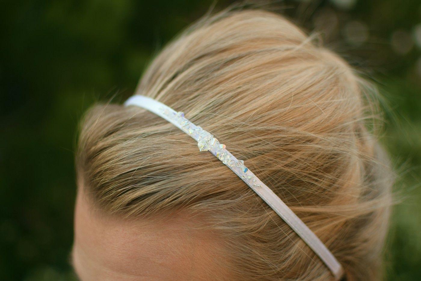 Delikatna, slubna opaska do włosów z kryształkami Swarovski w odcieniu Crystal AB