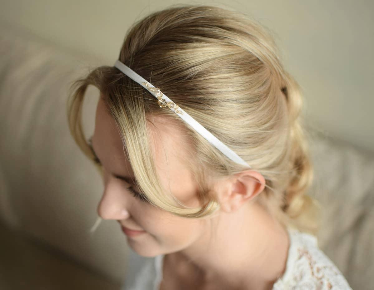 Ślubna opaska do włosów z kryształami Swarovski Golden Shadow - Jasmine